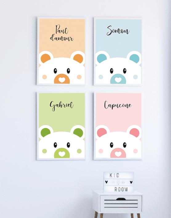 Un poster ours personnalisé pour la chambre de votre enfant ou de votre bébé. Vous avez la possibilité de changer la couleur de l'affiche et d'ajouter un message ou un prénom sur votre affiche ourson.