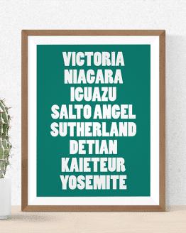 Avec cette affiche cascades de taille A3, vous pourrez observer les plus grandes chutes d'eau du monde depuis votre intérieur : Victoria, Niagara, Iguazu, Salto Angel, Sutherland, Detian, Kaieteur, Yosemite. Tout aventurier voudra acheter cette affiche.