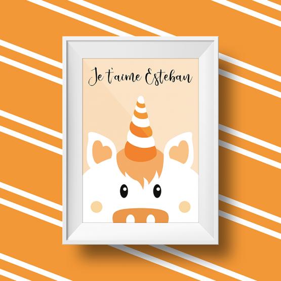 Affiche licorne personnalisée avec le message je t'aime esteban sur fond orange