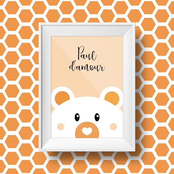 Affiche personnalisée petit ours avec le message paul d'amour sur fond orange