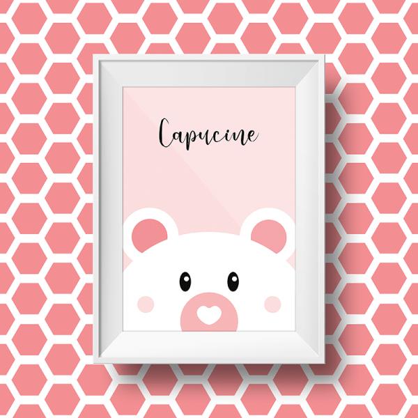 Affiche personnalisée petit ours avec le prénom capucine sur fond rose