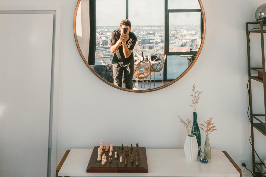 Réussir sa décoration murale avec un miroir